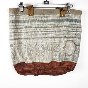 The Barrel Shack | Distressed 2 Handled Tote Bag